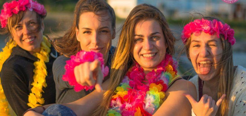 Dlaczego warto wybrać się na camp kitesurfingowy dla Dziewczyn?