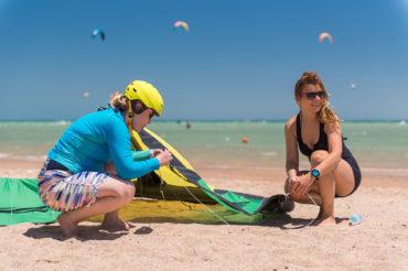 Jak wygląda pierwsza lekcja kitesurfingu? Czego się dowiesz i czego nauczysz?