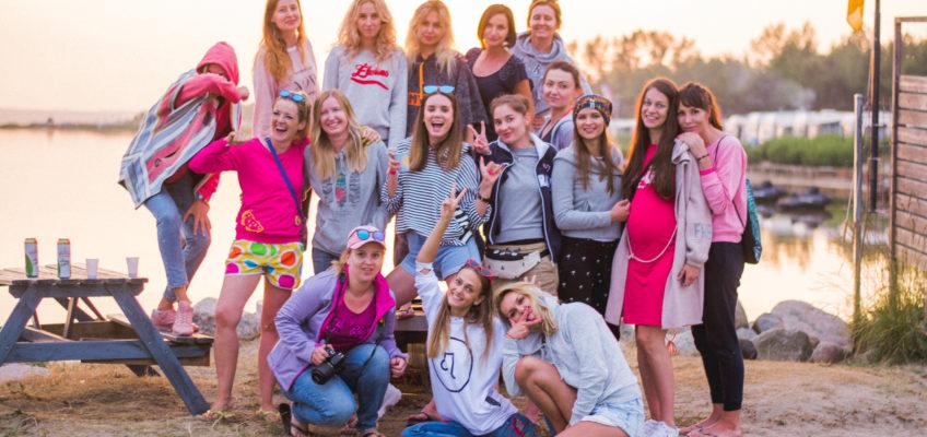 """Pierwszy camp """"Dziewczyn, które kochają kitesurfing"""" w Chałupach – relacja"""